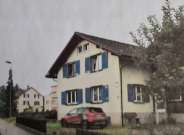 Schönes Einfamilienhaus mit Wintergarten